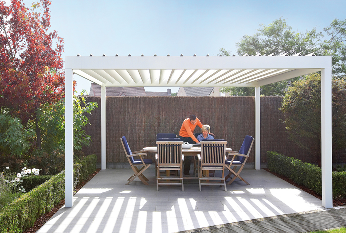 LOUVERED ROOF – ALGARVE