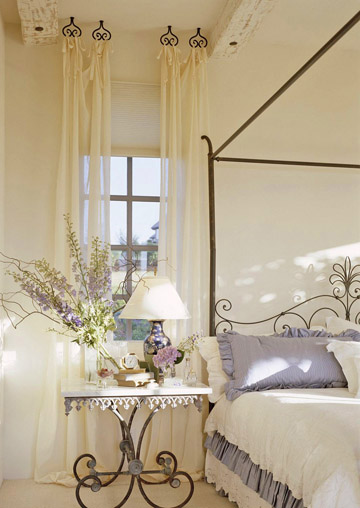 Thanh Màn & Phụ Kiện Đẹp Trang Trí Phòng Ngủ