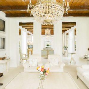 phòng phong cách truỳên thống 300x300 - Trang Trí Ngôi Nhà Theo Phong Cách Truyền Thống